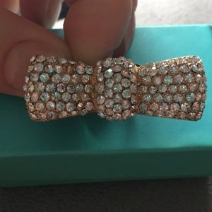 Jewelry - Sparkly bow shaped adjustable ring